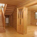 Особенности обшивки дома имитацией бруса из кедра