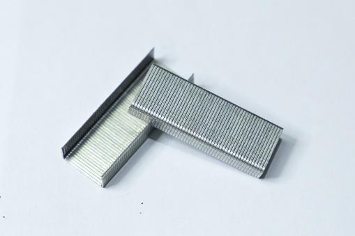 Скобы для мебельного степлера-2